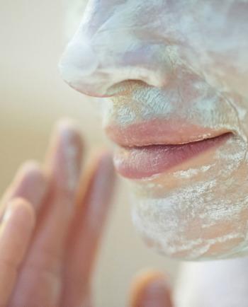 Les masques à l'argile : comment les utiliser et quelles sont les erreurs à éviter ?