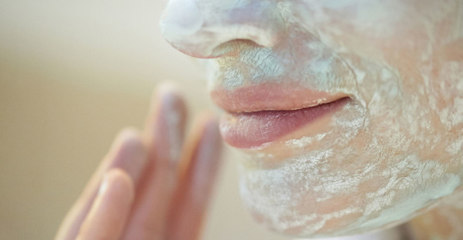 Les masques à l'argile : comment les utiliser ? Et quelles sont les erreurs à éviter ?