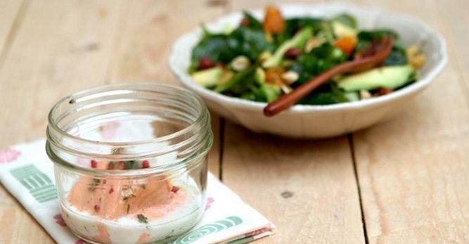 Peaux matures : recette de saumon à l'aneth et aux baies roses