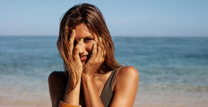 Comment soigner la peau à imperfections pour éviter l'acné pendant l'été ?