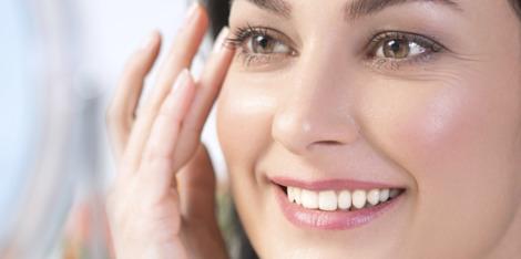 Renforcer les peaux sensibles avec l'Eau Minéralisante de Vichy