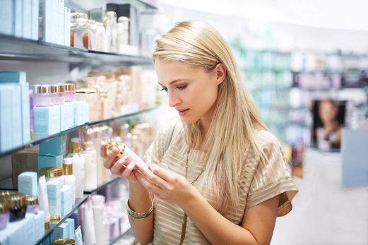 Que contiennent mes produits de soin du visage ? Explications sur les bons et mauvais ingrédients