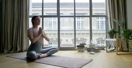 Kalm de dag beginnen met meditatie tips