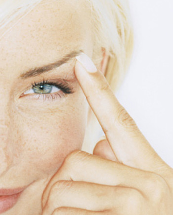 Wat zijn de effecten van vervuiling op uw huid en hoe beschermt u uw huid ertegen?