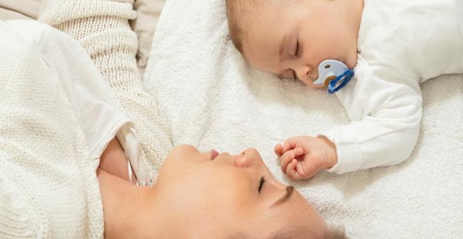Hoe u vlekjes kunt voorkomen de een stralende gloed kunt behouden na de zwangerschap