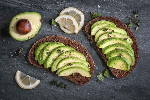 Waarom avocado's goed zijn voor uw huid