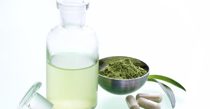 Castorolie en biergist: natuurlijke middelen die helpen bij haaruitval en dunner wordend haar