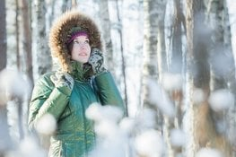 Winter acne: how to manage imperfection-prone dry skin