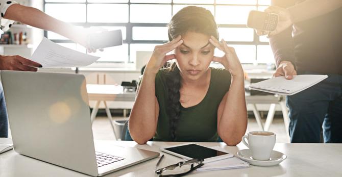 Acné en jeuk, zo gaat je lichaam om met stress