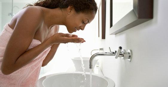Puistjes en onzuiverheden: afhankelijk van huidskleur?