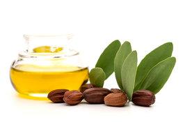 3 ways jojoba oil can help skin
