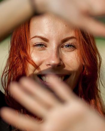Hoe kunt u een onzuivere huid verzorgen en onzuiverheden in de zomer tegengaan?
